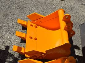Mini Excavator ME850 with Buckets Ripper Post - picture18' - Click to enlarge