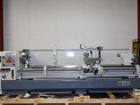 � 660mm Swing Centre Lathe, 104mm Spindle Bore, 3m BC - picture2' - Click to enlarge