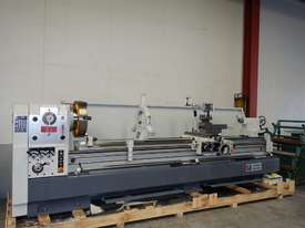 � 660mm Swing Centre Lathe, 104mm Spindle Bore, 3m BC - picture3' - Click to enlarge
