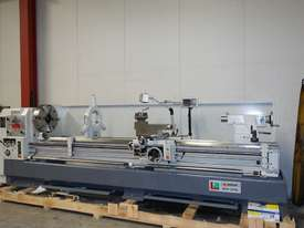 � 660mm Swing Centre Lathe, 104mm Spindle Bore, 3m BC - picture4' - Click to enlarge