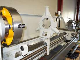 � 660mm Swing Centre Lathe, 104mm Spindle Bore, 3m BC - picture5' - Click to enlarge