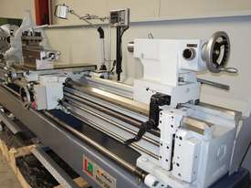 � 660mm Swing Centre Lathe, 104mm Spindle Bore, 3m BC - picture6' - Click to enlarge