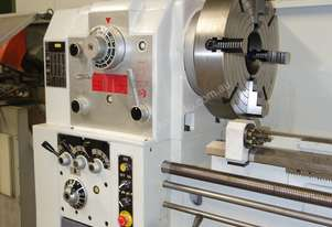 Ø 660mm Swing Centre Lathe, 104mm Spindle Bore, 3m BC
