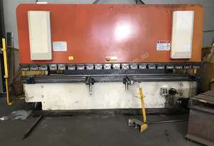 Just In - Late Model 4000mm x 125Ton Pressbrake