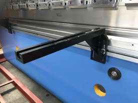 Best Featured NC Pressbrake on the Market For The $$ - picture18' - Click to enlarge