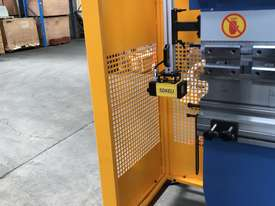 Best Featured NC Pressbrake on the Market For The $$ - picture15' - Click to enlarge