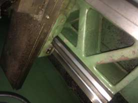 Lathe in excellent condition  - picture2' - Click to enlarge