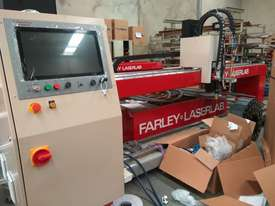 Farley TRUEDGE 2 XPR Plasma Machine - picture2' - Click to enlarge