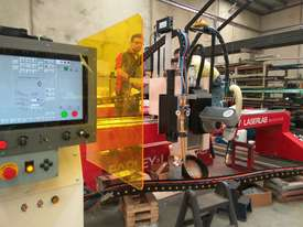 Farley TRUEDGE 2 XPR Plasma Machine - picture5' - Click to enlarge