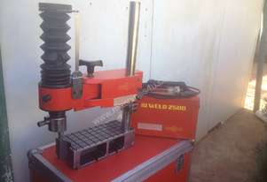 welding  -  ID 2500 bore welder