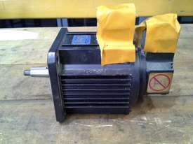 Yaskawa AC Servo Motor - picture1' - Click to enlarge