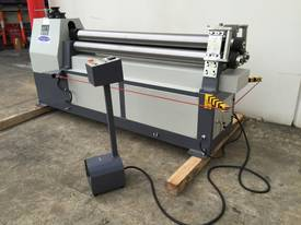 SM-MCR1604, 1600mm x 4mm Motorized Metalworking - picture8' - Click to enlarge