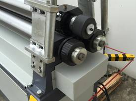 SM-MCR1604, 1600mm x 4mm Motorized Metalworking - picture6' - Click to enlarge