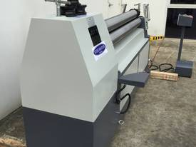 SM-MCR1604, 1600mm x 4mm Motorized Metalworking - picture16' - Click to enlarge