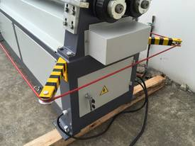 SM-MCR1604, 1600mm x 4mm Motorized Metalworking - picture7' - Click to enlarge