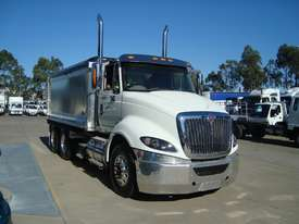 International  Tipper Truck - picture0' - Click to enlarge