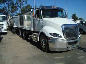 International  Tipper Truck - picture5' - Click to enlarge