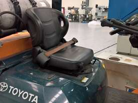 Used Toyota Container Forklift - 3 Ton Capacity - picture4' - Click to enlarge
