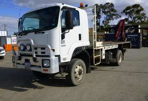 2012 Isuzu FH800 4x4 Flat Top Truck with 2012 Fassi Micro M30A-13 Crane Attached IN AUCTION