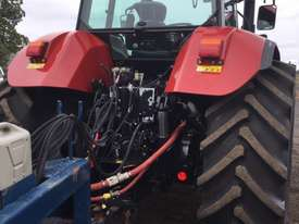 Case IH CVX 160 FWA/4WD Tractor - picture2' - Click to enlarge