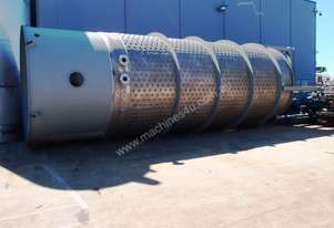 Stainless Steel Jacketed Mixing Tank, Capacity: 30,000Lt