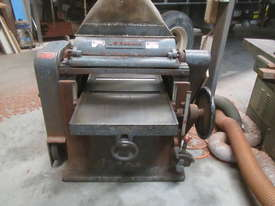 Antique Thicknesser - picture0' - Click to enlarge