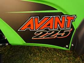 Avant 225 W/ General Bucket - picture3' - Click to enlarge
