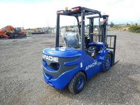 Unused 2018 Apache HH30Z 3 Ton Diesel Forklift  - picture2' - Click to enlarge