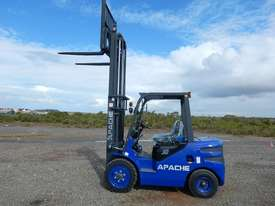 Unused 2018 Apache HH30Z 3 Ton Diesel Forklift  - picture12' - Click to enlarge