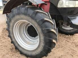Case IH Puma 180 FWA/4WD Tractor - picture9' - Click to enlarge