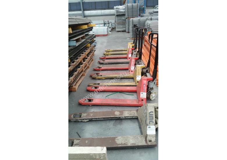 Low cost pallet jacks 100 available in 2-3 weeks time December