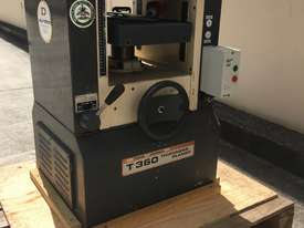 Durden Thickness Planer (Refurbished) - picture0' - Click to enlarge
