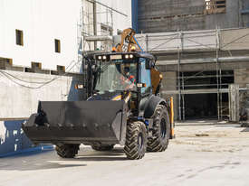 CASE 580ST T-SERIES BACKHOE LOADERS - picture2' - Click to enlarge