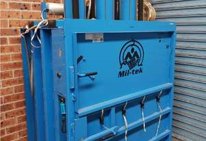 MIL-TEK VERTICAL BALING PRESS Model BP509 up to 400kg Cardboard & Plastic Pneumatic Incl. Compressor