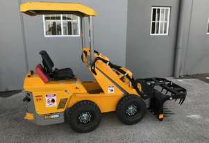 Mini Loader 21hp Diesel with 4 in 1 Bucket, Grapple and Forks