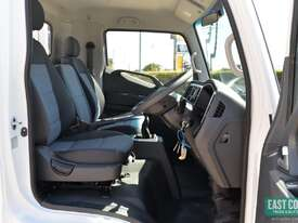 2019 Hyundai MIGHTY EX4  Tray Dropside   - picture10' - Click to enlarge