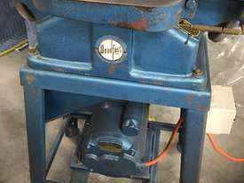jointer/planer table 1200mm x 150mm  - picture1' - Click to enlarge
