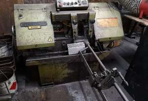 Startrite Auto feed bandsaw