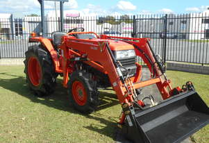Kubota NEW   35HP TRACTOR