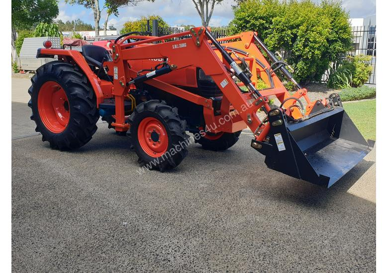 NEW KUBOTA 35HP TRACTOR