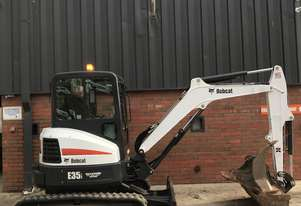 Bobcat   E35 low hours