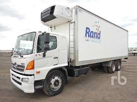 HINO FL8J Reefer Truck - picture0' - Click to enlarge