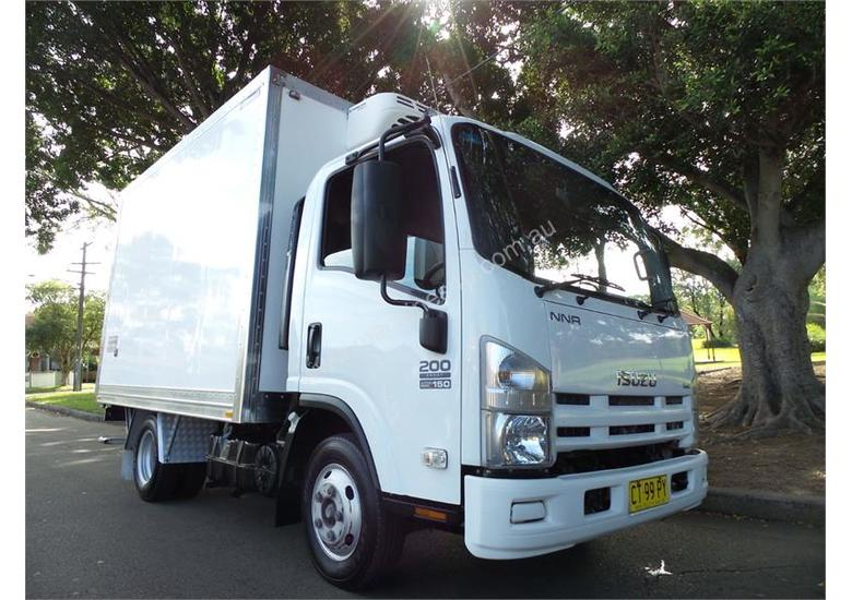 2010 Isuzu N Series