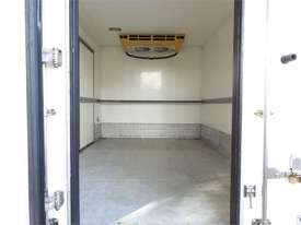 2010 Isuzu N Series - picture3' - Click to enlarge