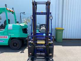Komatsu FG18T-16 - picture2' - Click to enlarge