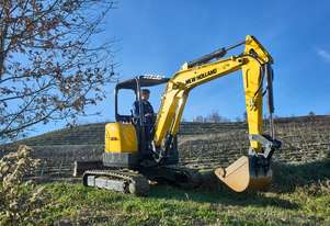 NEW HOLLAND E33C COMPACT EXCAVATOR