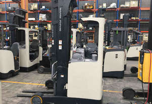 Crown ESR4500 Reach Forklift Forklift