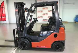 TOYOTA 32-8FG18 LPG GAS FORKLIFT CONTAINER MAST