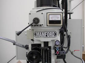 Manford Bed Type Milling Machine MF-B410VS-SP - picture2' - Click to enlarge