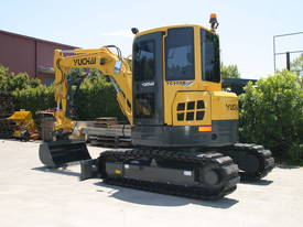 Yuchai YC55SR (Zero Swing) Mini Excavator - picture6' - Click to enlarge